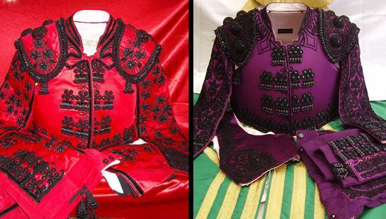 rojo y azabache  y purpura y azabache
